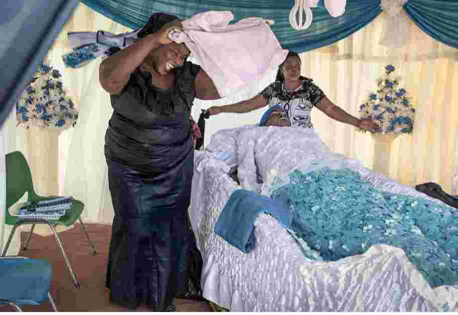 MUST READ! Ghanians Bury Their Dead After ONE Year, See Shocking Reason 20