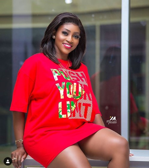 ee972ec3e60af592a57c44af1702a9d5a2d942ee - 10 Times Cookie Tee Proved She Is The Prettiest Media Personality In Ghana